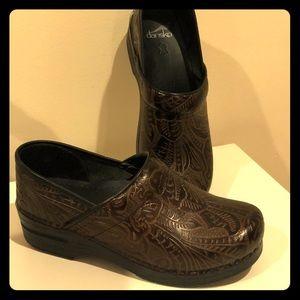 Dansko Women's Shoes